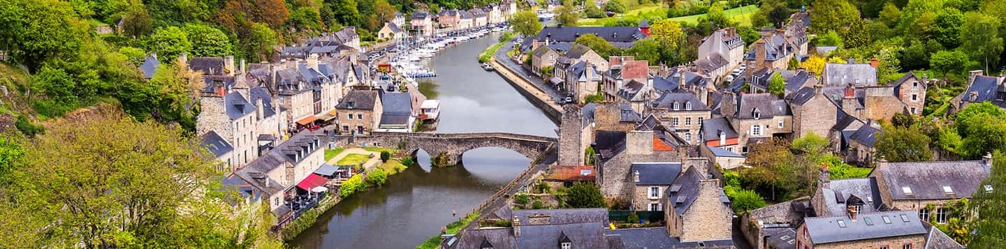 view of local French village header of Rosetta Stone Online French Classes page