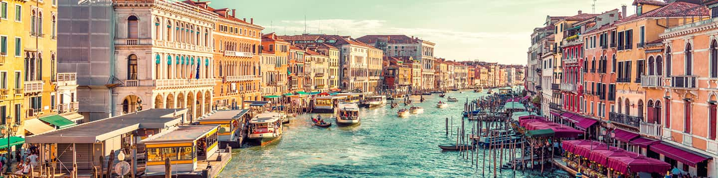 view of Grand Canal in Venice, Italy as header of Italian Love Words page
